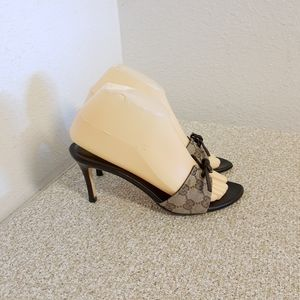 Gucci Logo Jacquard Leather Trim Shoes
